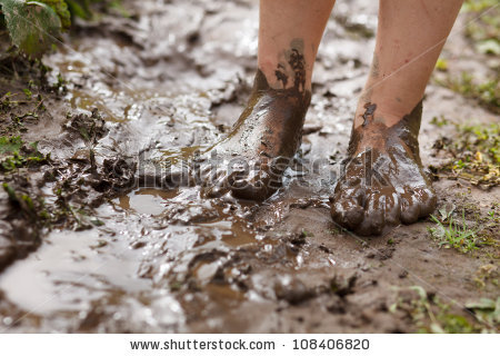 mud feet | Tacky Harper's Cryptic Clues