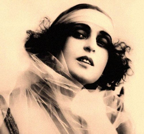 silent film star Nita Naldi | Tacky Harper's Cryptic Clues